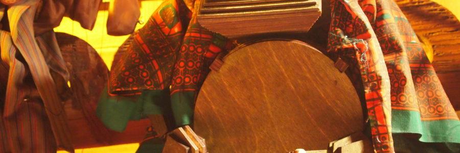 Cinque Terribili suonati! spettacolo per pupazzi musicali e teatro d'ombre